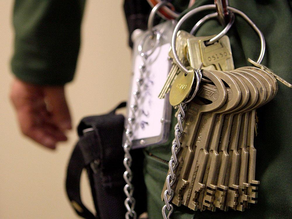 key compromise - prison keys on belt